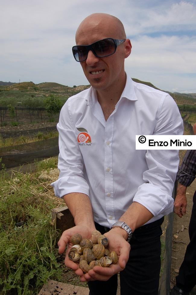 Ciro Miceli e le sue lumache Foto Minio (1)