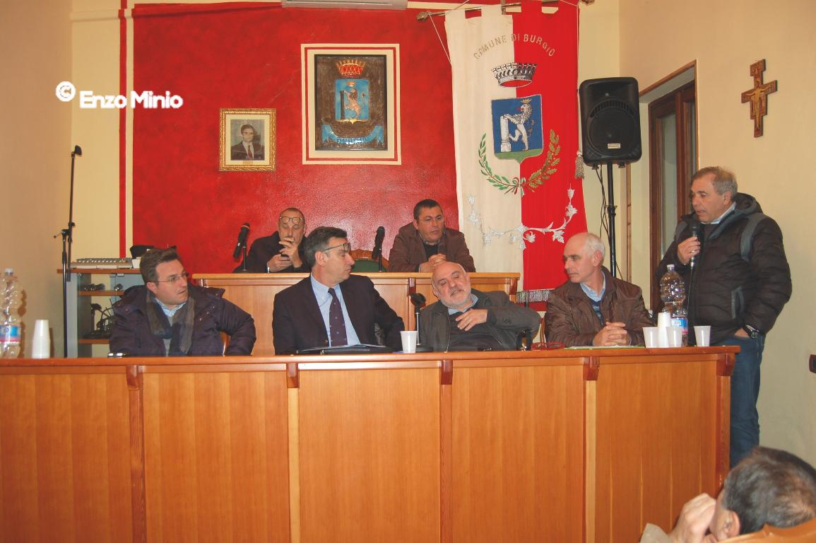 Burgio riunione sindaci agrigentini per acqua pubblica FOTO MINIO