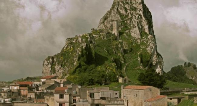 Monte Kratas Caltabellotta