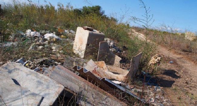 Rifiuti eternit-ed-amianto-alla-periferia-di-Ribera