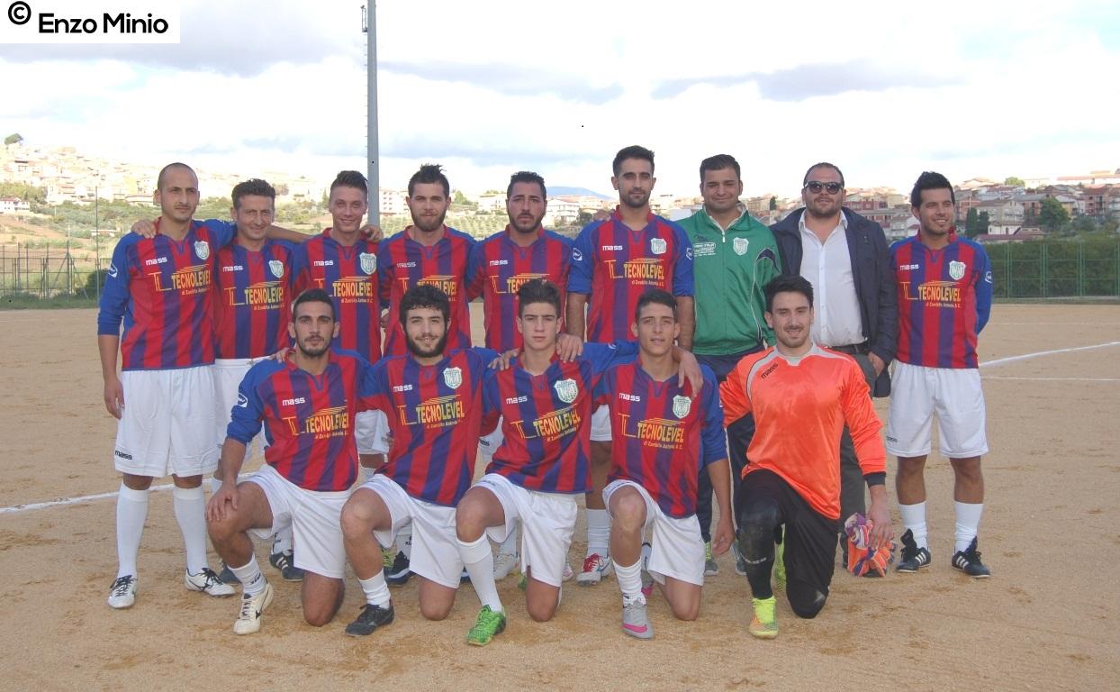 Cianciana squadra calcio 2015 FOTO MINIO