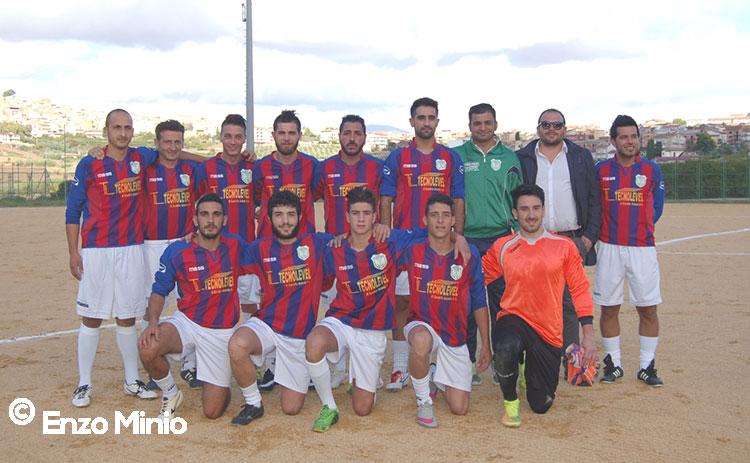 Cianciana-squadra-calcio-2015-FOTO-MINIO