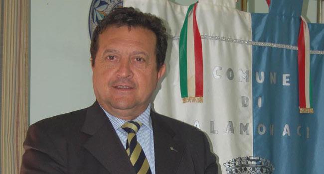 Inga-Vincenzo-sindaco-Calamonaci