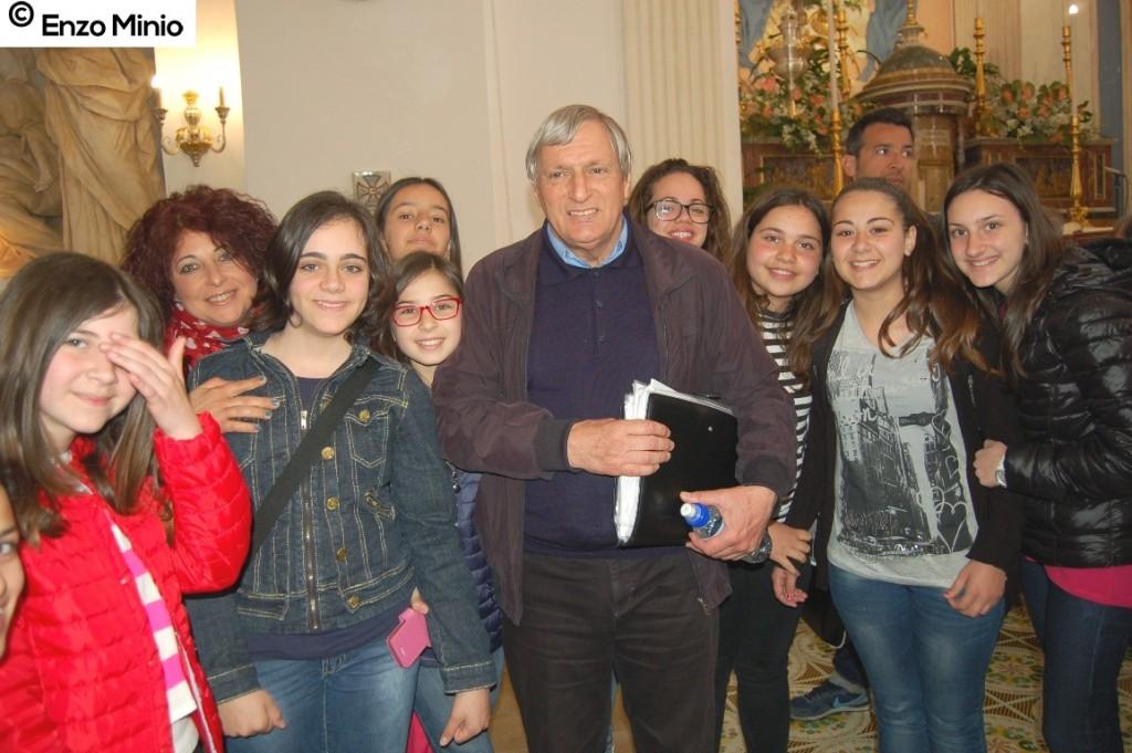 Villafranca Sicula don Ciotti con gli studenti FOTO MINIO