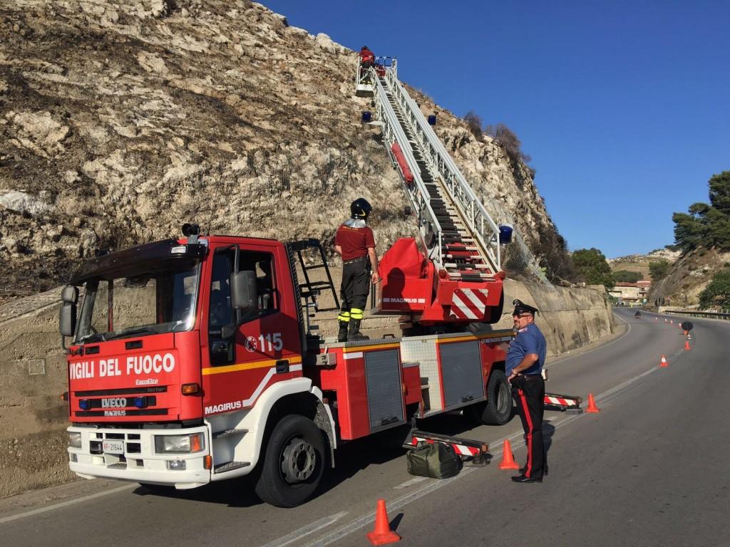 Montallegro SS 115 caduta massi Monte Suso