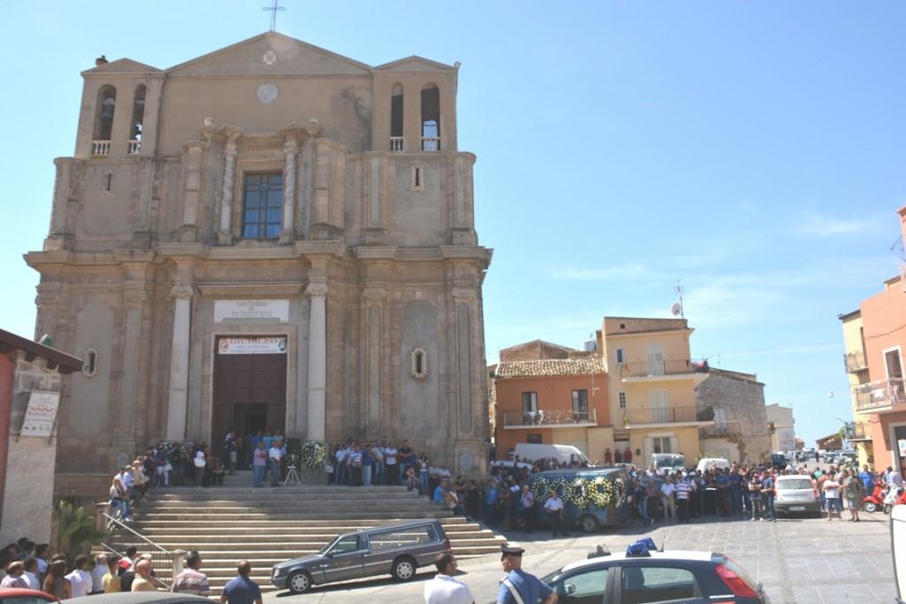 Siculiana Chiesa madre e piazza Umberto I funerali