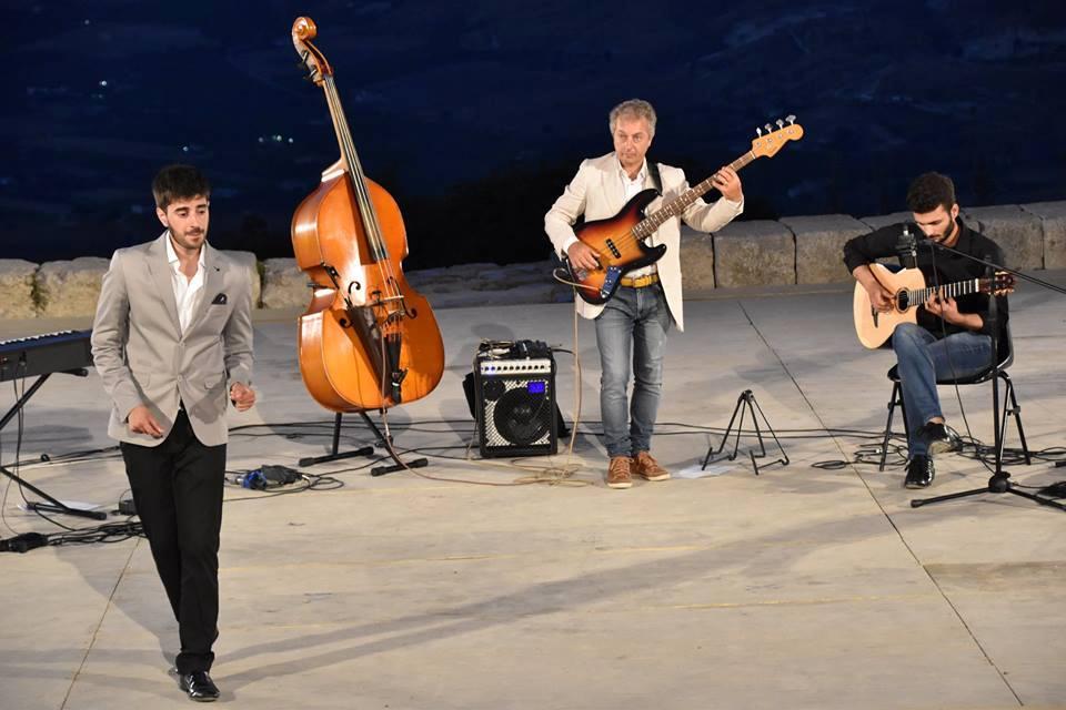 Toscanini 2 trio jazz
