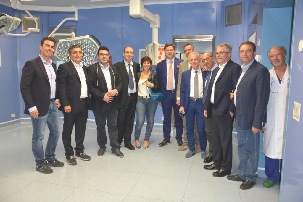 Ribera Sala operatoria, medici ed istituzioni