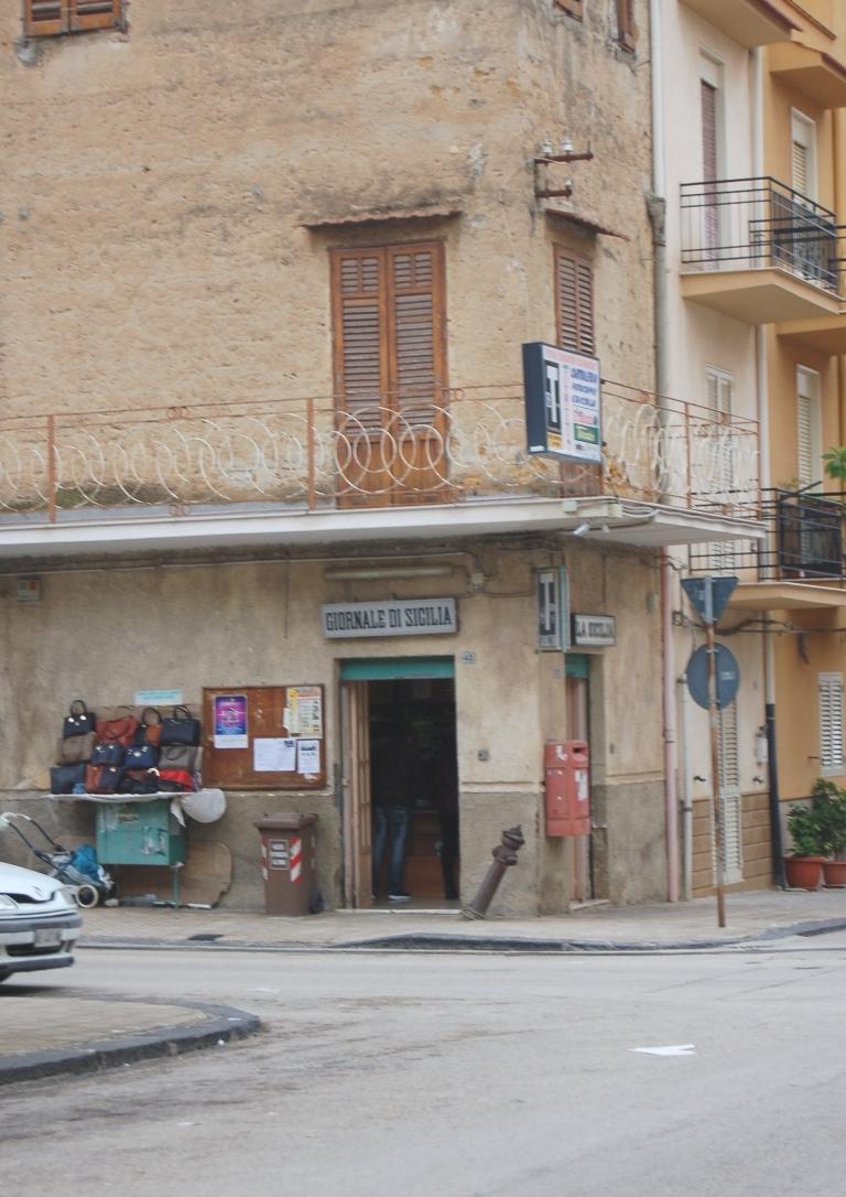 Tabaccheria Valenti via Belmonte Ribera