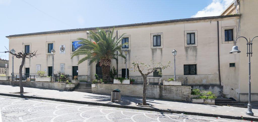 Risultati immagini per municipio di villafranca sicula